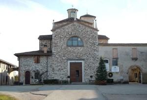 640px-Lonato_del_Garda-Santuario_Madonna_della_Scoperta-300x204